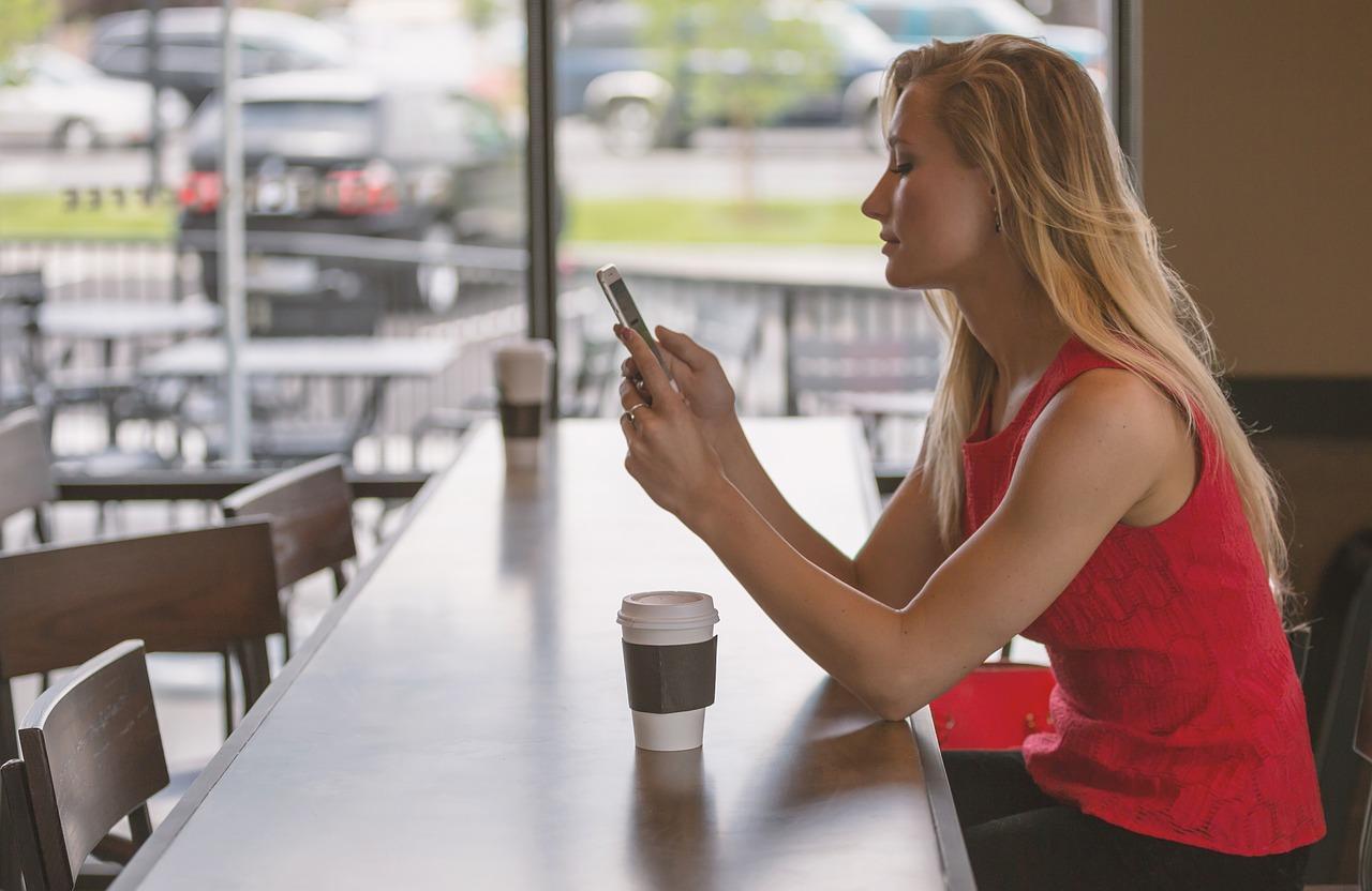Mobilni uporabniki iščejo bolj lokalne rezultate in odgovor na svoje vprašanje pričakujejo hitro.