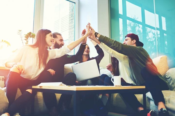 Webinar: Kako najboljši zaposlovalci komunicirajo s svojimi ekipami?